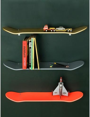 Etagères skate board murale or