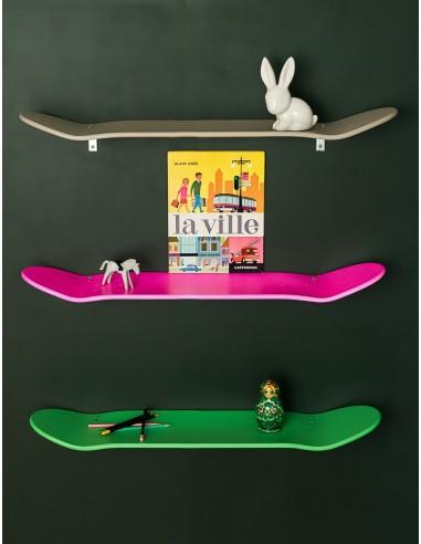 Etagères skate board taupe