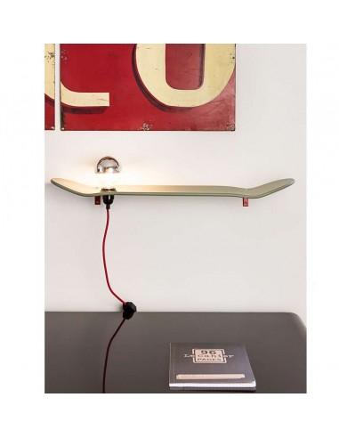 Etagère lampe skate board