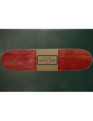 étagère skateboard rouge et bois